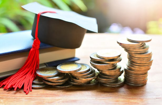 Fee-Structure-for-choosing-law-school